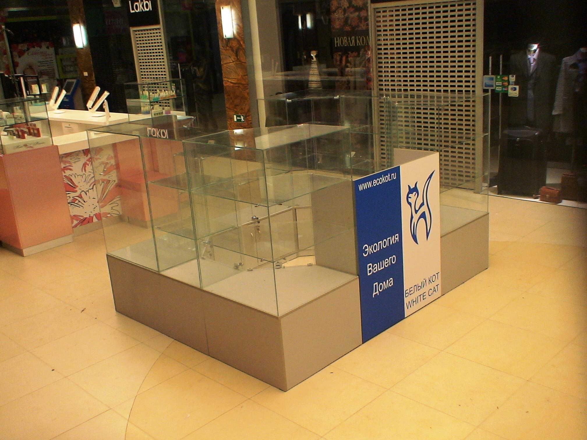 Торговое оборудование для продажи подарков и сувениров